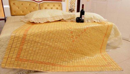 Chiếu trúc hạt vàng mang đến cảm giác mát mẻ khi dùng